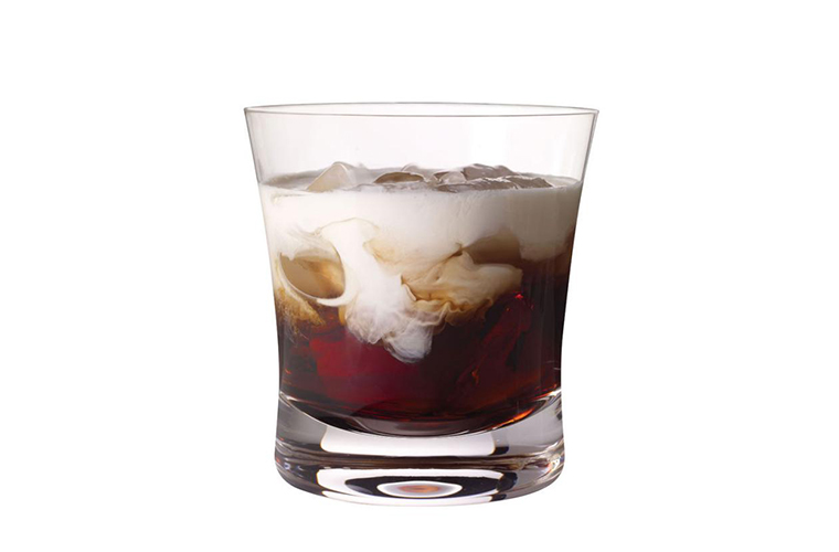 White Russian cocktail thumbnail