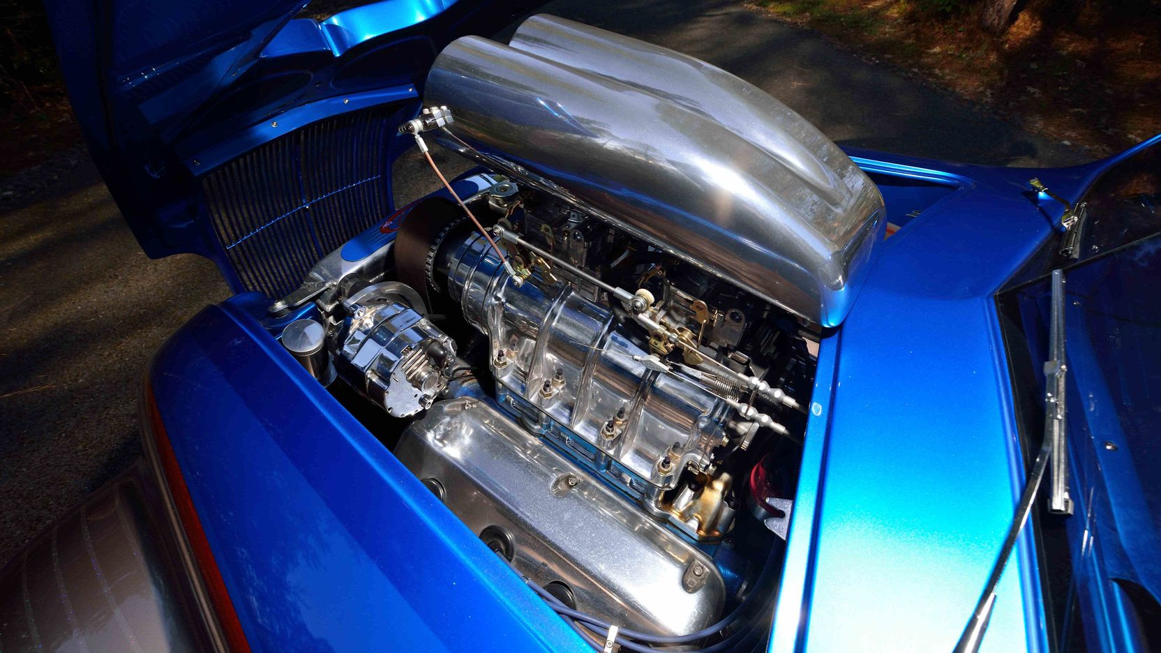 De Soto Airflow engine close-up