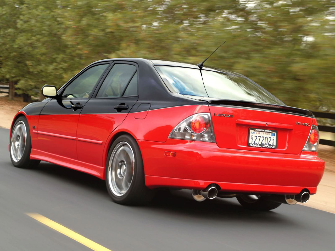 Lexus IS 430 in motion, rear quarter