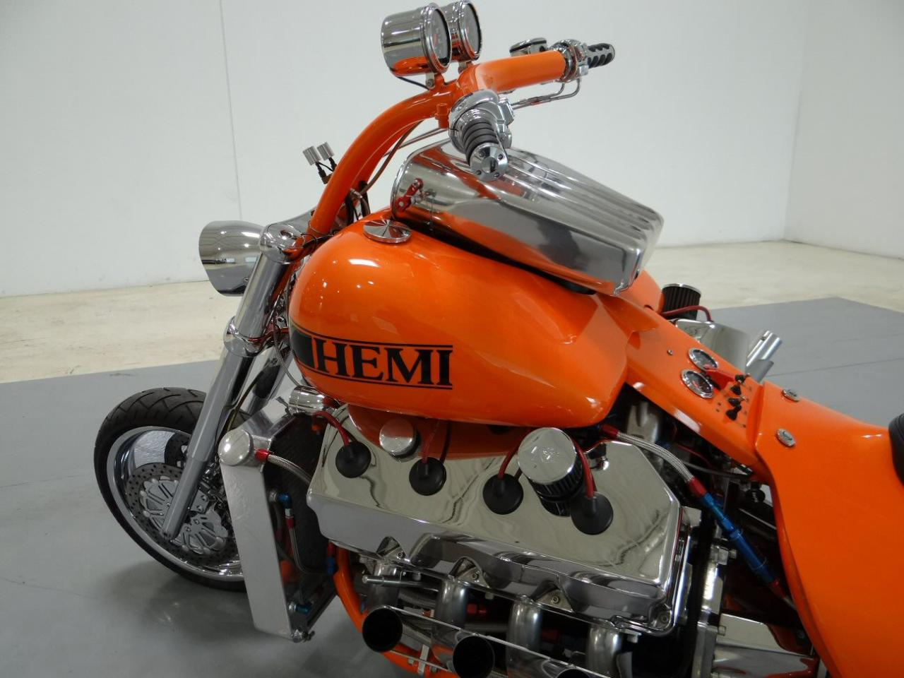Custom Hemi 426 Chopper front half photo 17