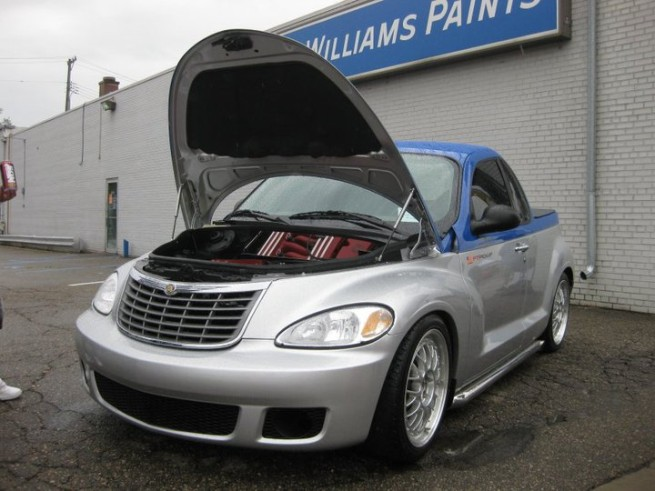 PT Cruiser with a V10 hood open