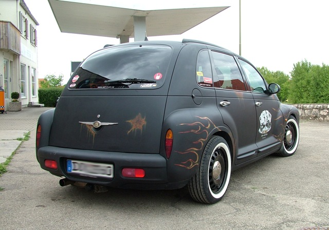 PT Cruiser custom retro restyling rear quarter 2