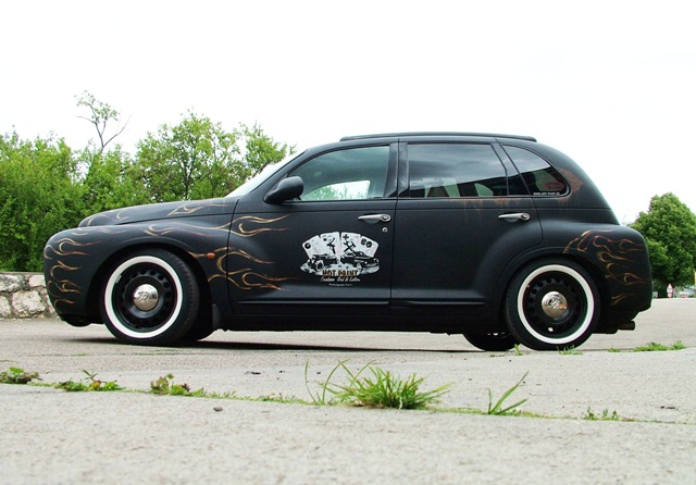 PT Cruiser custom retro restyling side 2