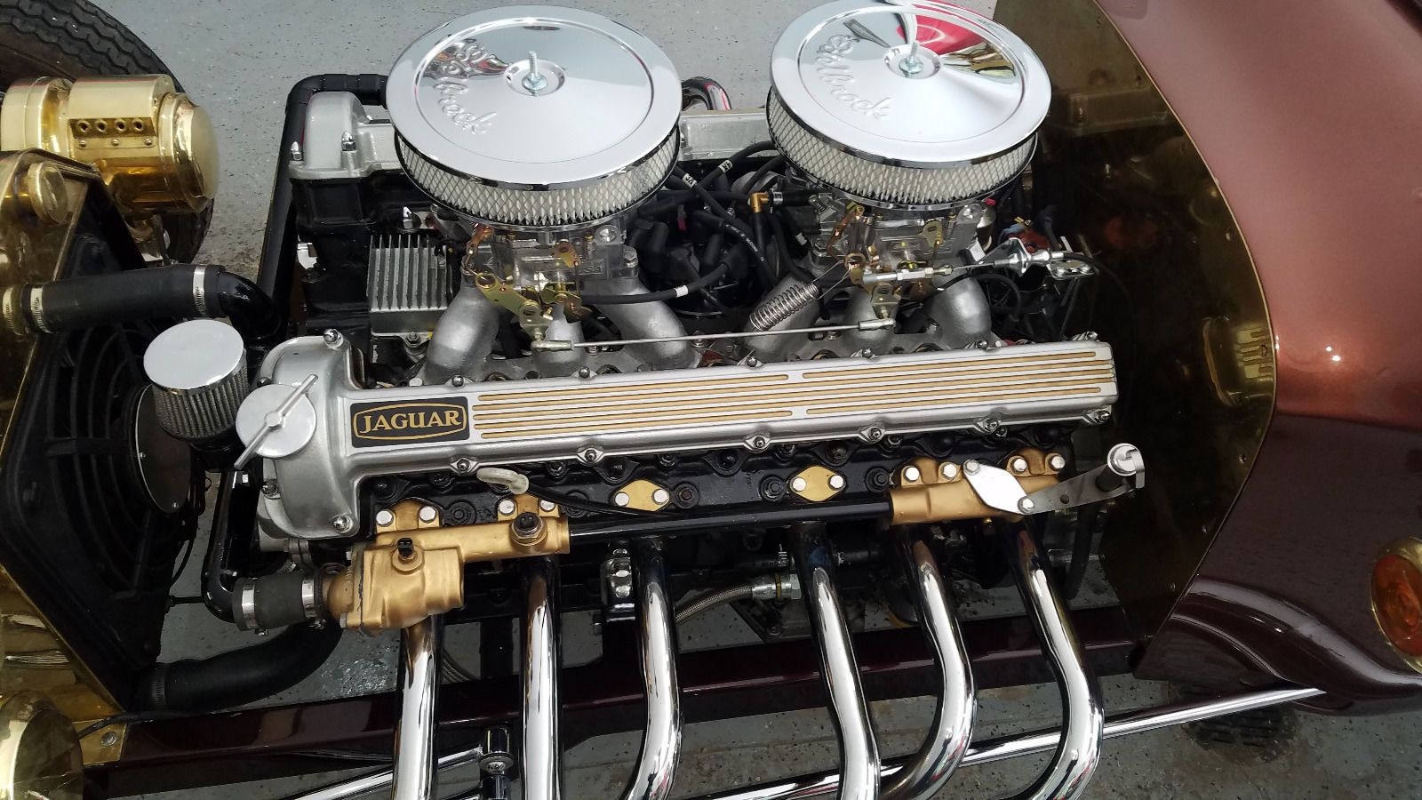 T-bucket with Jaguar V12 & Edelbrock carbs 06