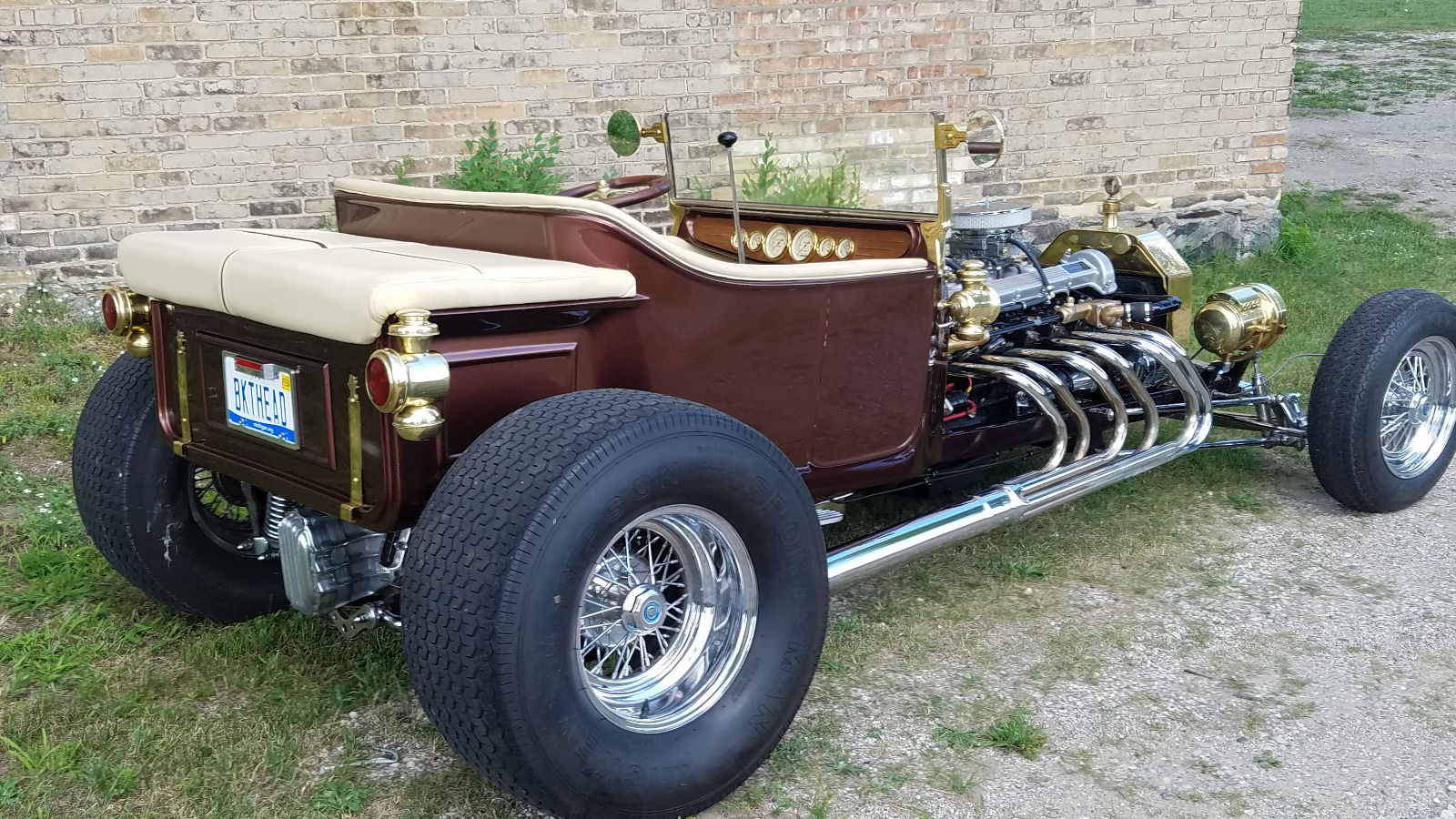 T-bucket with Jaguar V12 & Edelbrock carbs 10