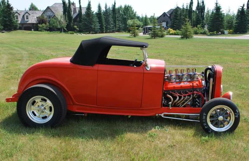 Hot-rod with BMW V12 from Canada 03