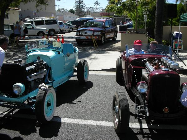 Dodge hot-rod with Cadillac V16 and Duesenberg hot-rod 02