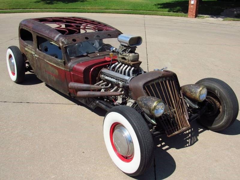 Oldsmobile rat-rod with Jaguar V12 02