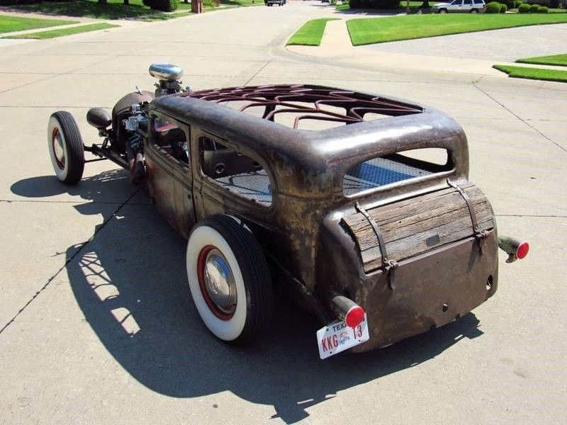 Oldsmobile rat-rod with Jaguar V12 04