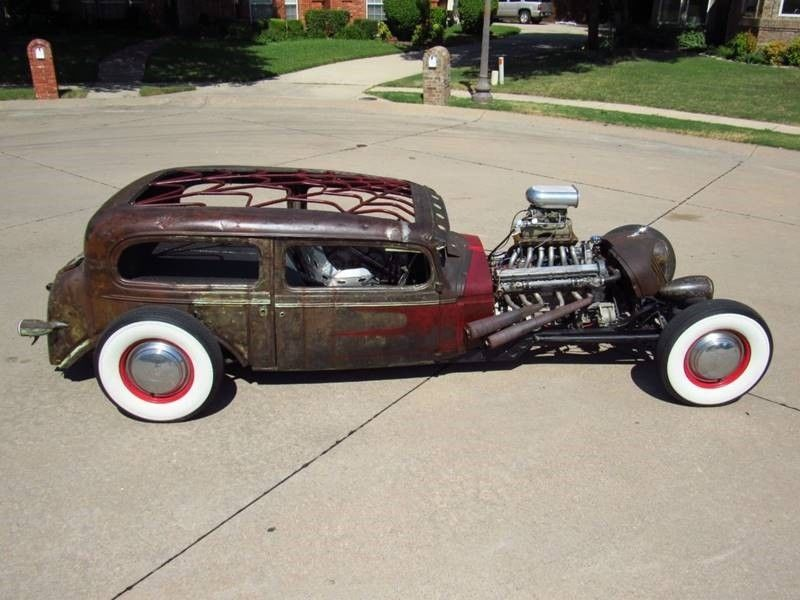 Oldsmobile rat-rod with Jaguar V12 05