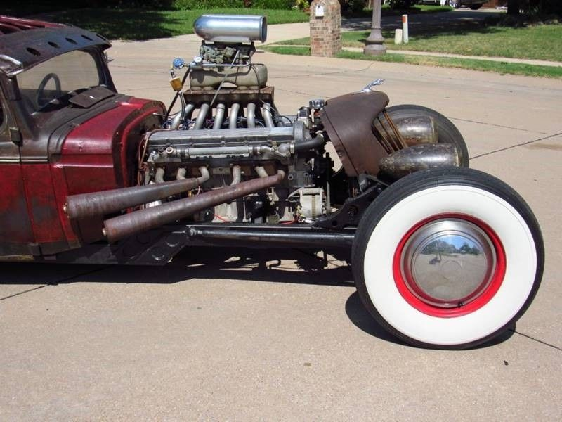Oldsmobile rat-rod with Jaguar V12 08