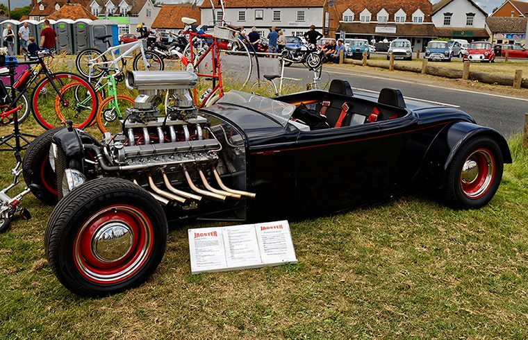 Jagster photo cut down to be the thumb for Jaguar V12 powered rods page