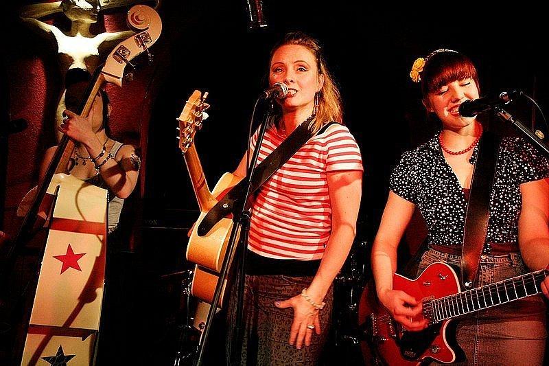 Peggy Sugarhill & Eldorado Tigerettes