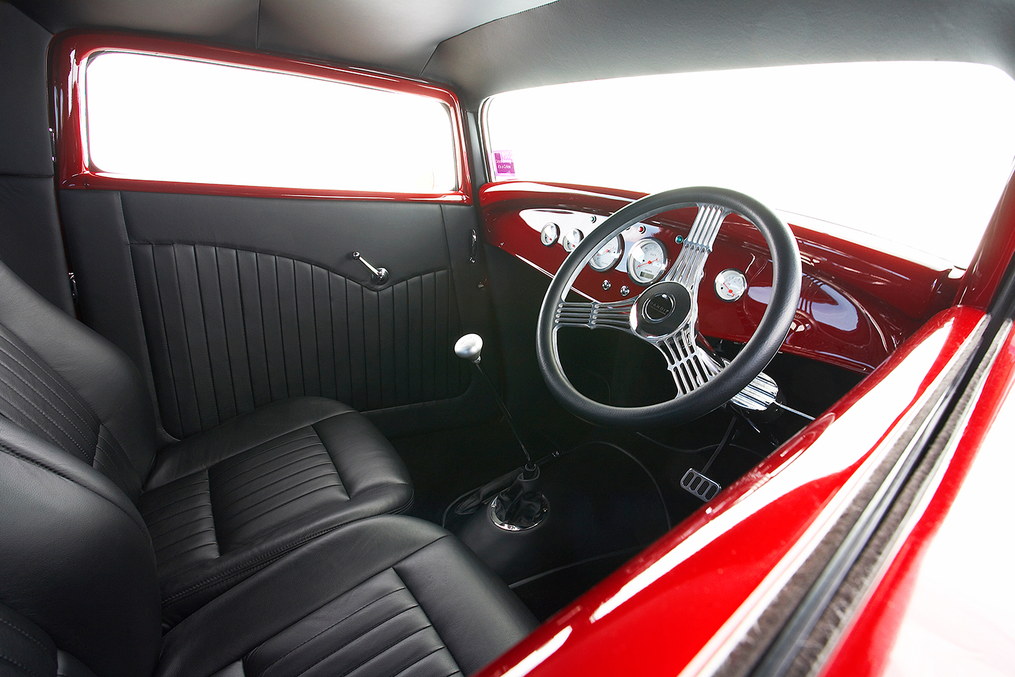 Elvis the GMC V12 hot-rod interior 3