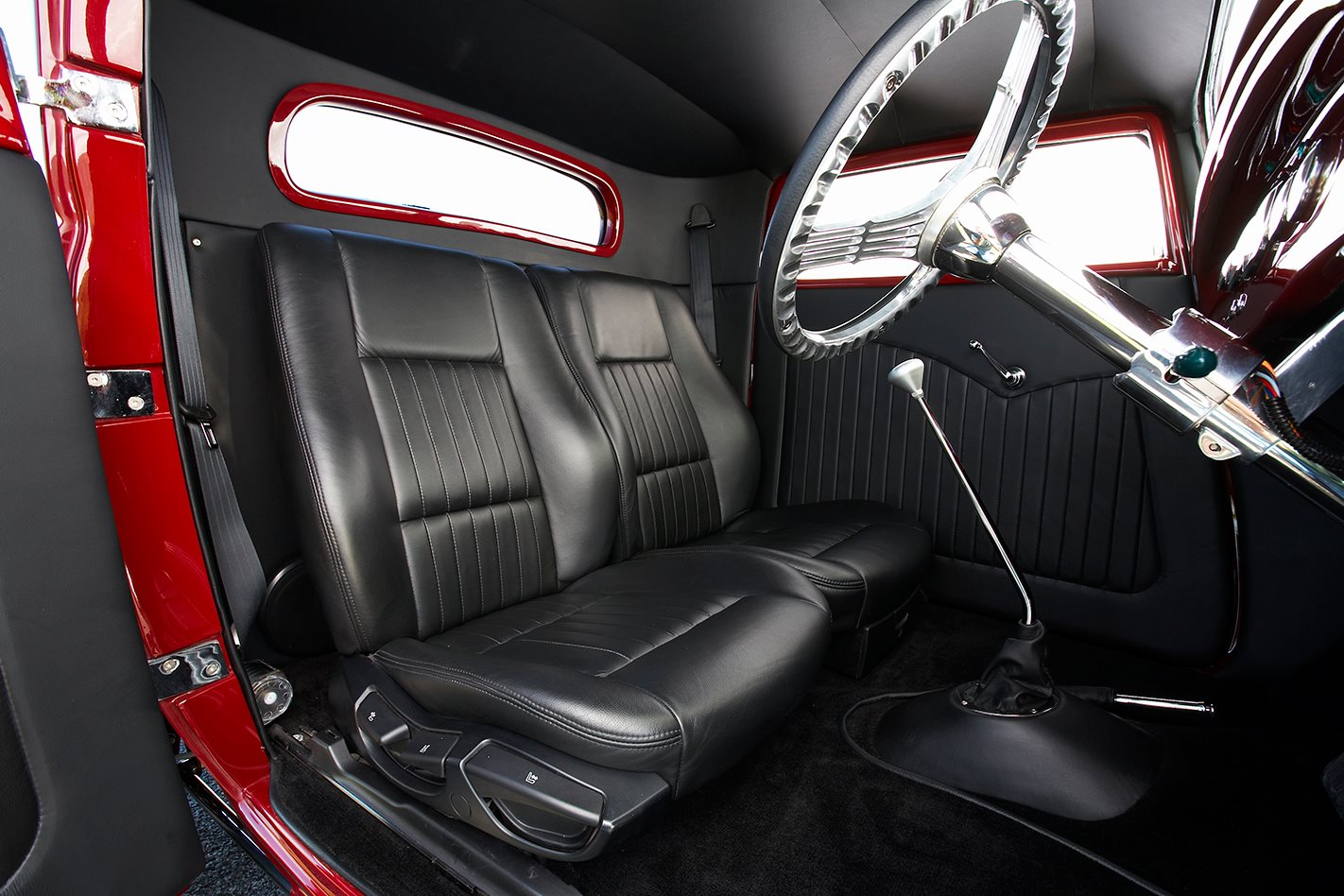 Elvis the GMC V12 hot-rod interior 2