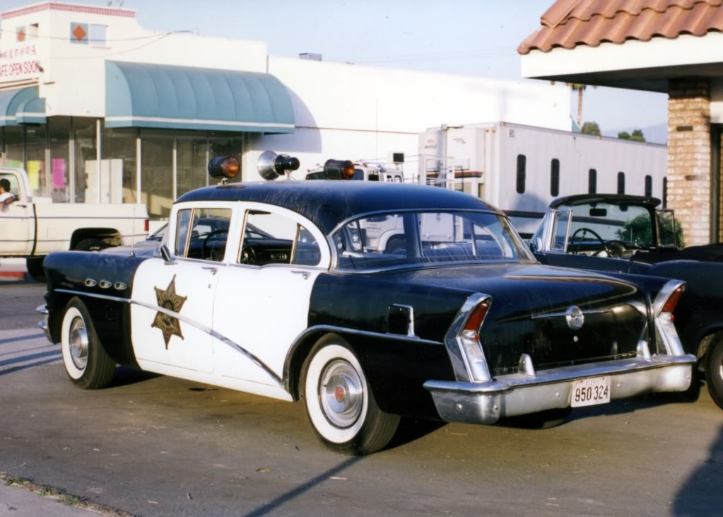 Buick Special 1956, sheriff car, Roadracers
