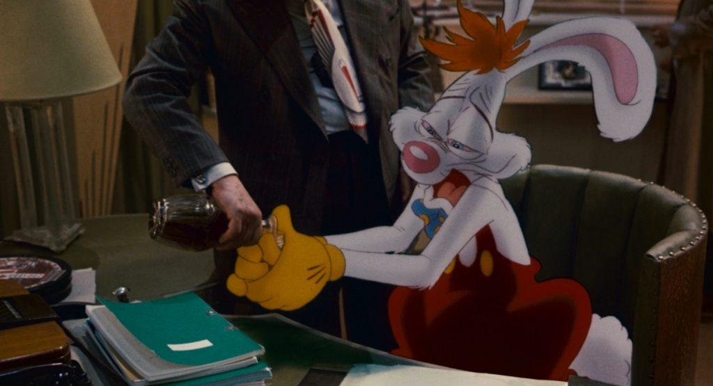 Кролик Роджер пьет виски, Roger drinks whiskey
