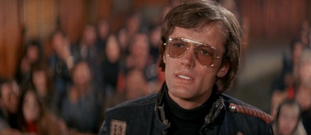 Peter Fonda delivering his speech.