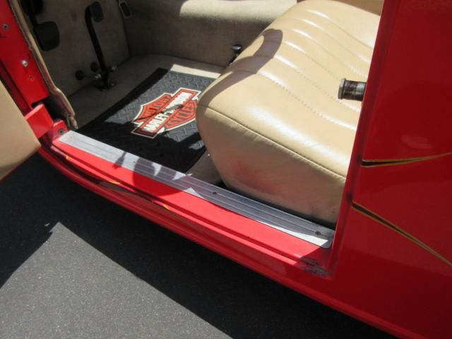 Красный хот-род с V2, фото 02.