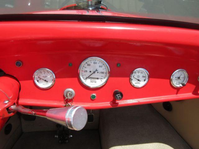 Красный хот-род с V2, фото 05.