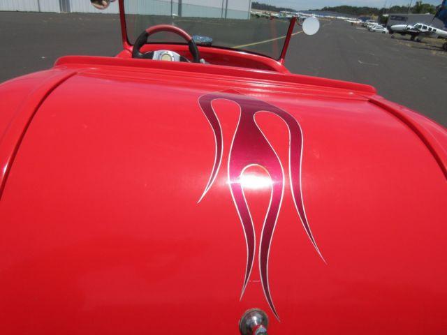 Красный хот-род с V2, фото 06.