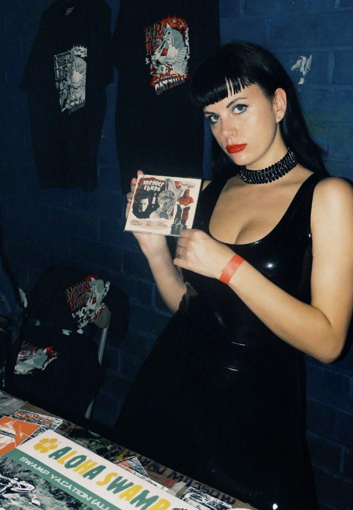 Zombirella с альбомом Mondo Harp