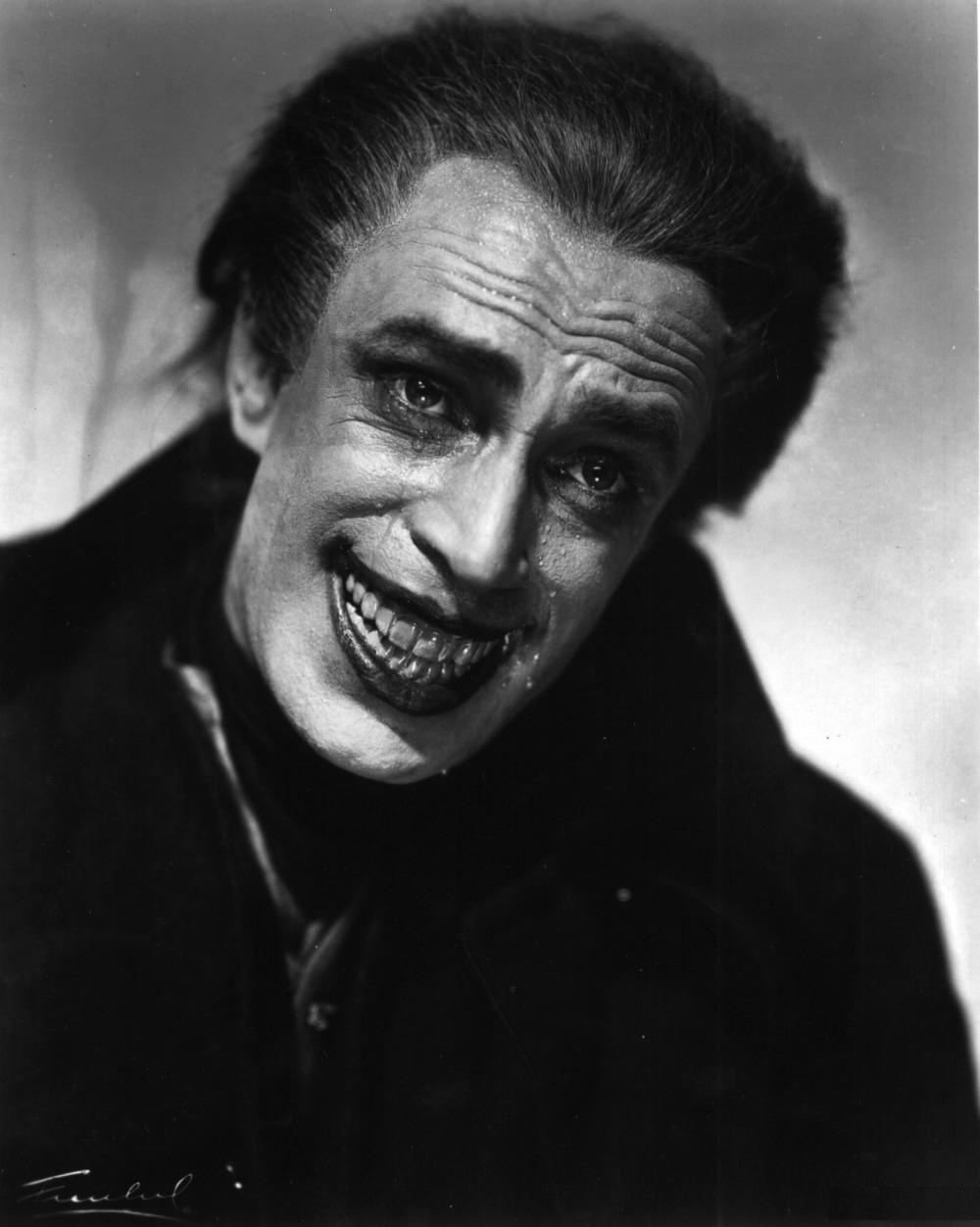 Конрад Фейдт в роли Гуинплена в фильме Человек, Который Смеётся (1928)