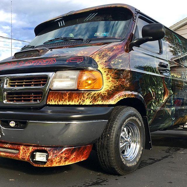 "2000 Dodge Ram Van B1500 ""The Dragon Lord"", body photo, 03."