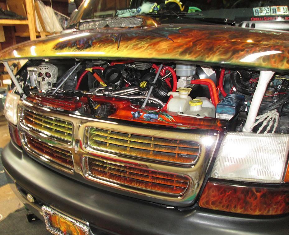 "2000 Dodge Ram Van B1500 ""The Dragon Lord"", engine photo, 01."