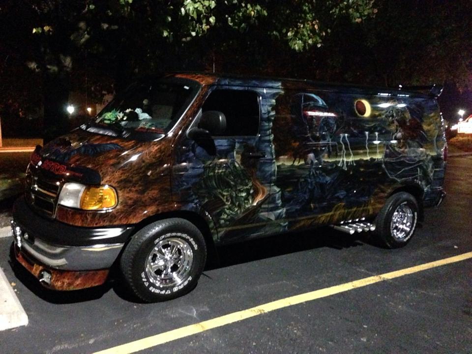 "2000 Dodge Ram Van B1500 ""The Dragon Lord"", night photo, 01."