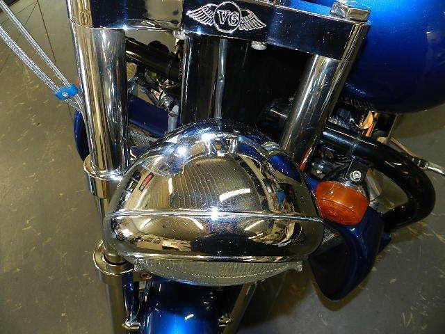 Первый мотоцикл Boss Hoss с двигателем V6, фотография 4.