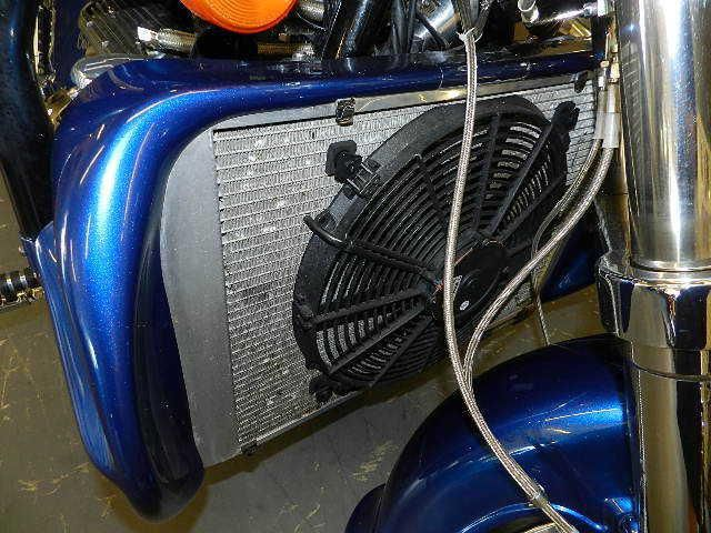 Первый мотоцикл Boss Hoss с двигателем V6, фотография 6.