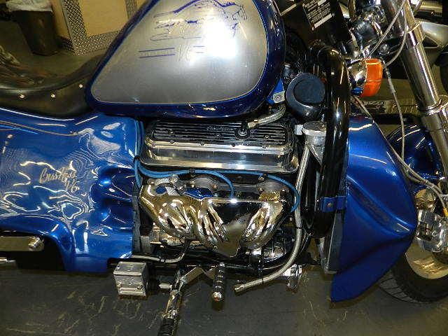 Первый мотоцикл Boss Hoss с двигателем V6, фотография 7.