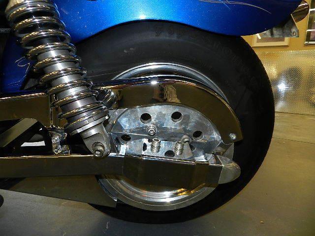 Первый мотоцикл Boss Hoss с двигателем V6, фотография 9.