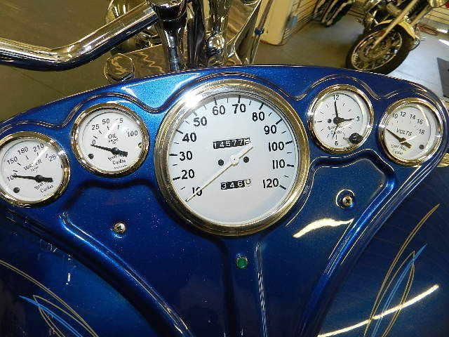 Первый мотоцикл Boss Hoss с двигателем V6, фотография 13.