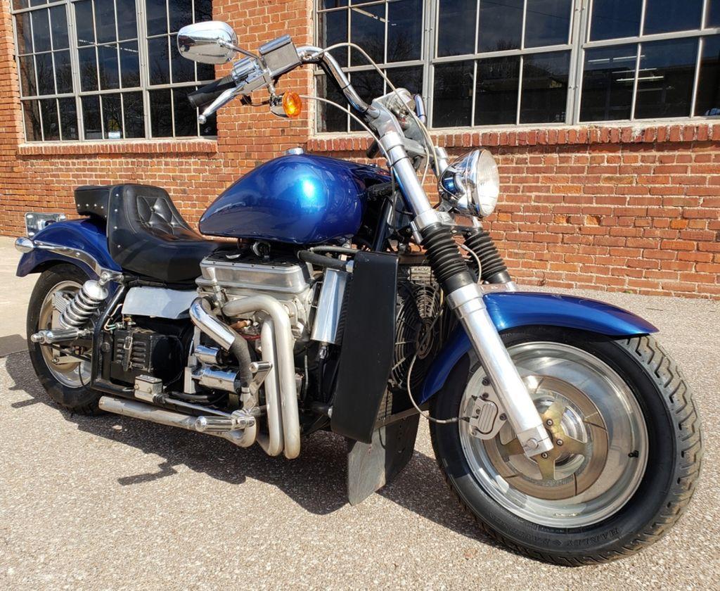 Мотоцикл Kannon с двигателем V6, фотография 2.