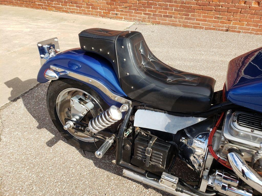 Мотоцикл Kannon с двигателем V6, фотография 8.