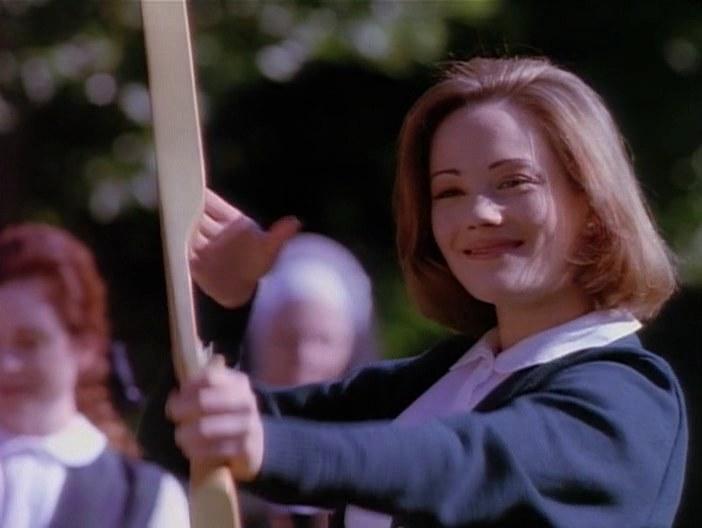 Наташа Грегсон Вагнер в роли Лоры, Девушка угонщика, 1994
