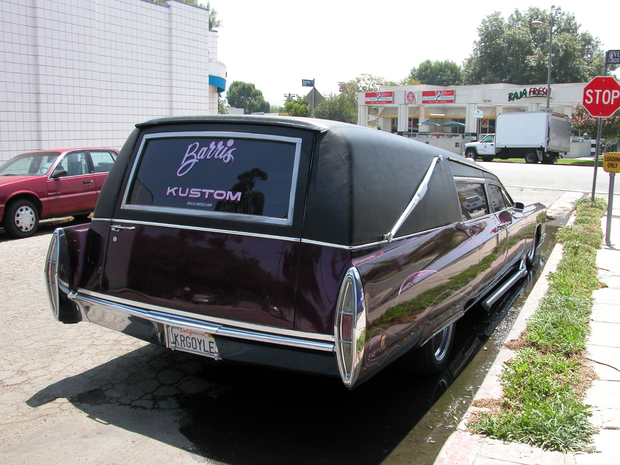 Barris' Kargoyle hearse without pinstripes on the trunk.
