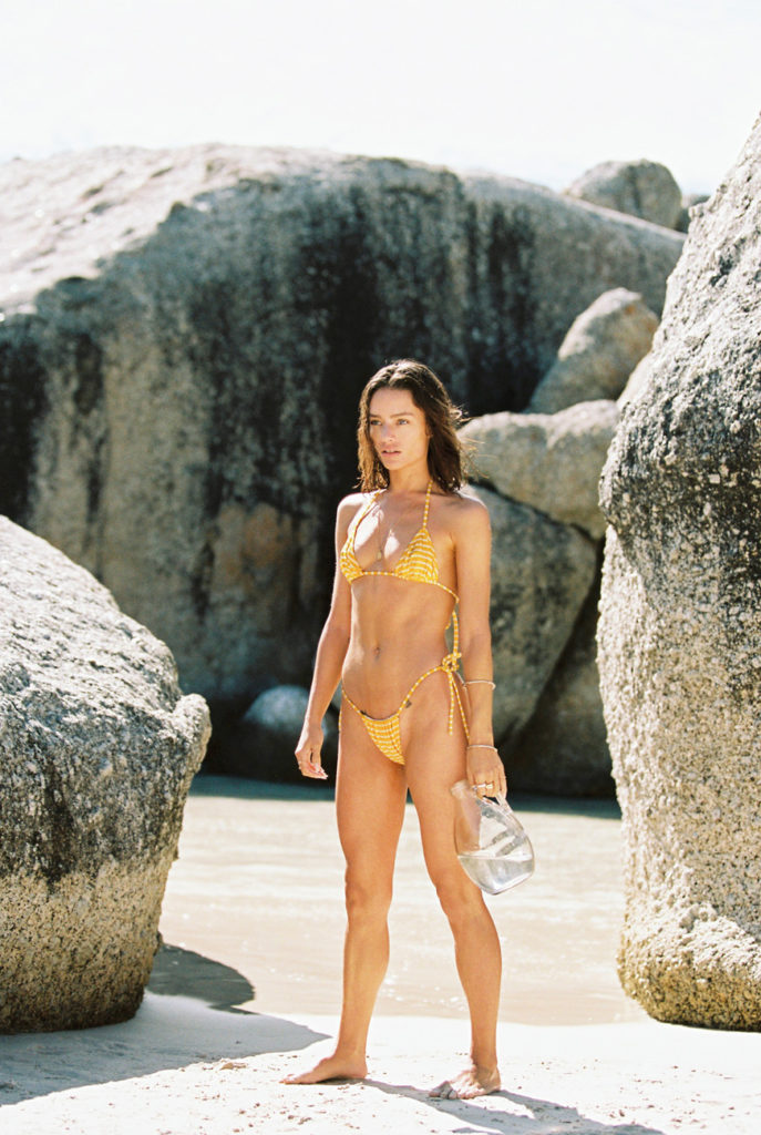 Jessica Lee Buchanan, ribs & dust