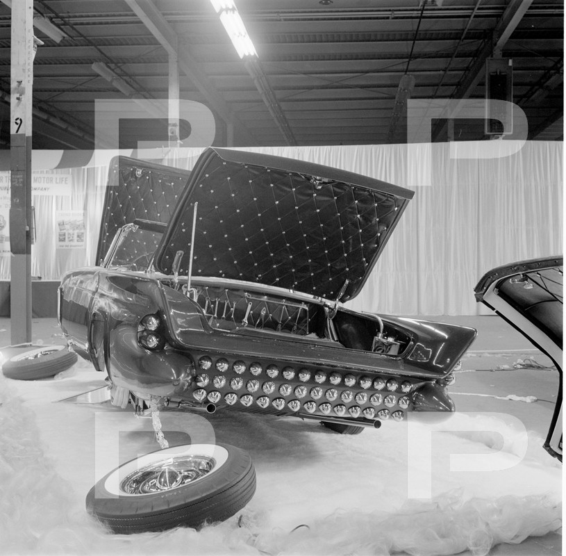 Darryl Starbird's custom Ford Thunderbird, Le Perle, HQ photo number 1 with some bad person's watermarks.