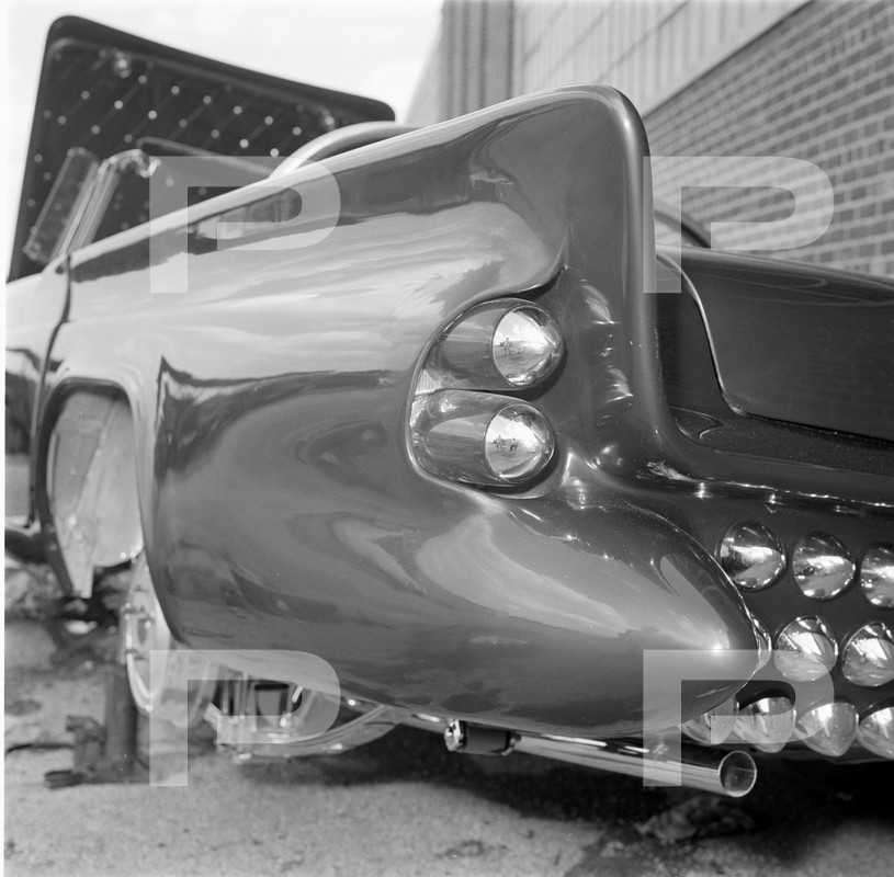Darryl Starbird's custom Ford Thunderbird, Le Perle, HQ photo number 4 with some bad person's watermarks.