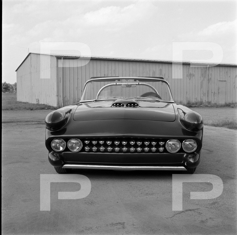 Darryl Starbird's custom Ford Thunderbird, Le Perle, HQ photo number 10 with some bad person's watermarks.