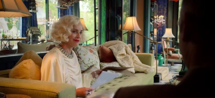 Линор Осгуд, Шэрон Стоун, кадр из сериала Сестра Рэтчед, 2020